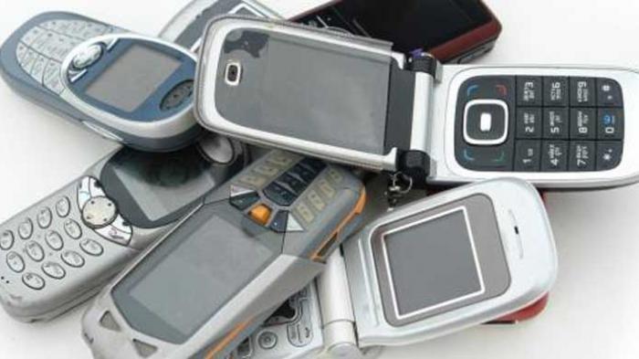 Berbagai Bentuk Ponsel Dulu Sebelum Tergerus Modernisasi