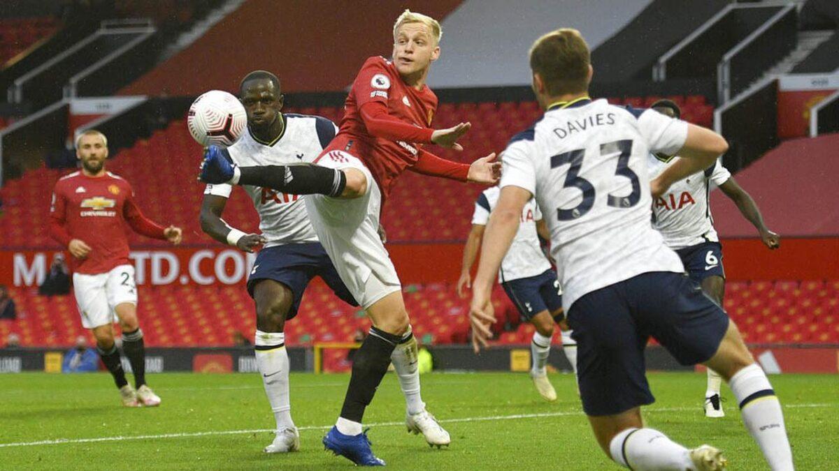 Donny Van de Beek Sudah Tidak Dibutuhkan Manchester United